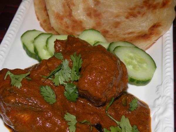 Varutharacha Chicken Curry Kerala Style Subys Kitchen